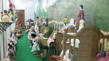 Walking Tour: The Dolls