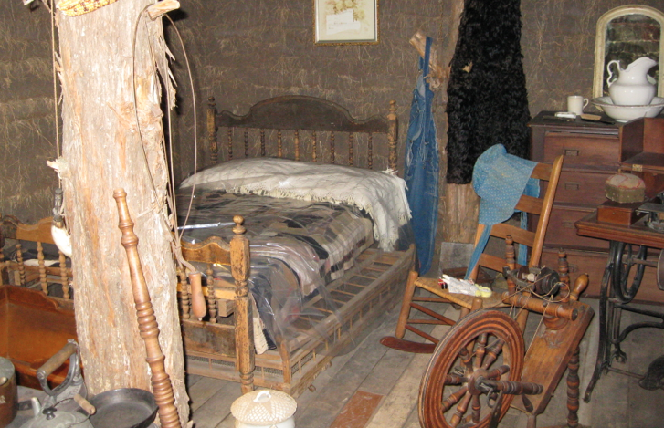 GALLERY - Sod House Interior 1