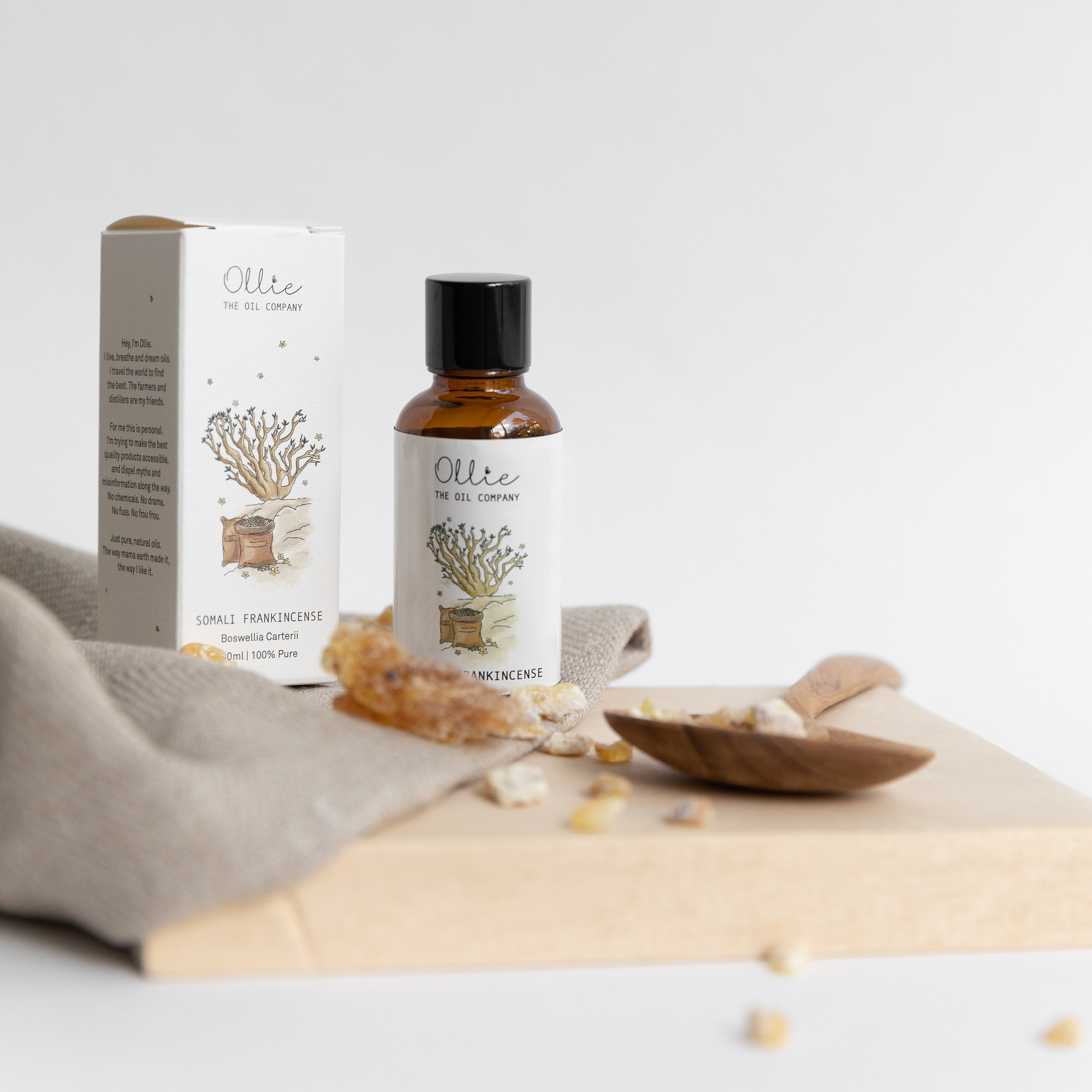 How To Use Frankincense Essential Oil Soothe Skin Improve Sleep And More