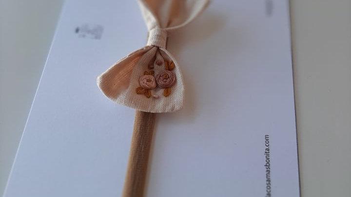 Lazo LITTLE bordado para pelo