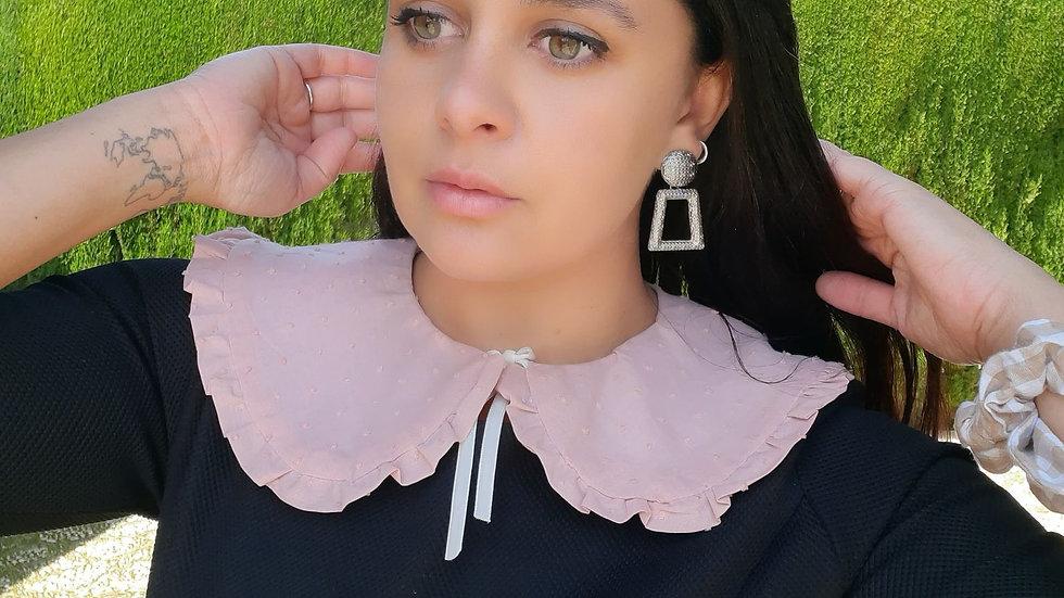 Cuello volado broderi rosa / flores (de quita y pon)