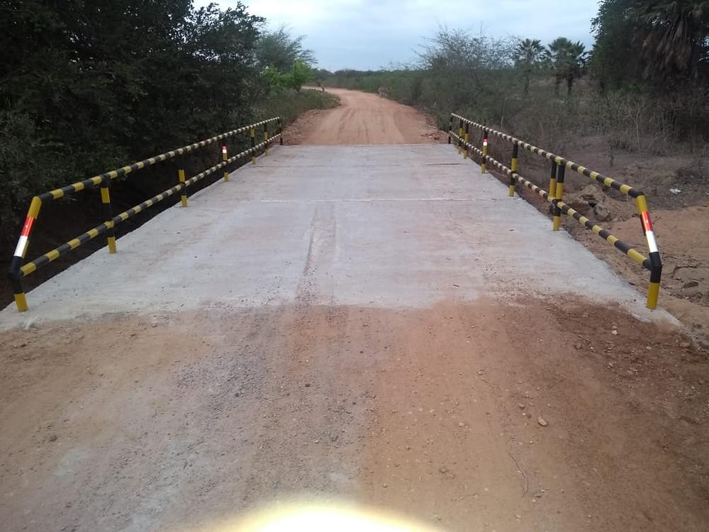 Ponte recuperada da passagem do rio do Junco