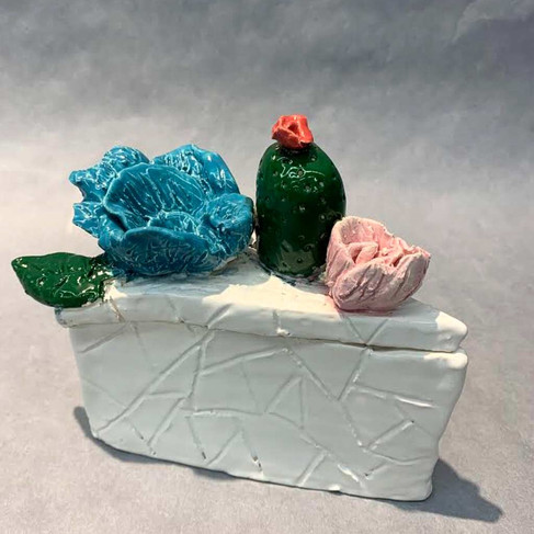 Floral Pie Box by Jayden Grams