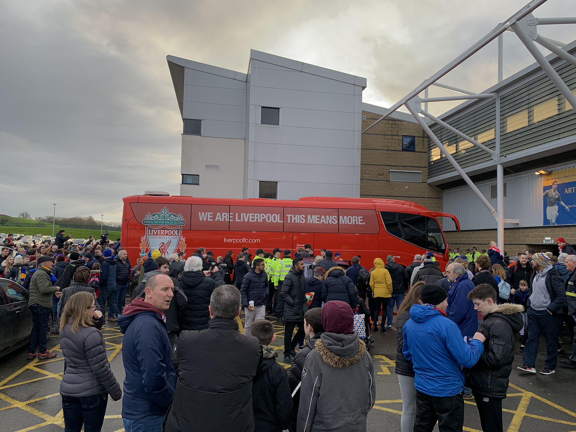 Liverpool team bus arrives