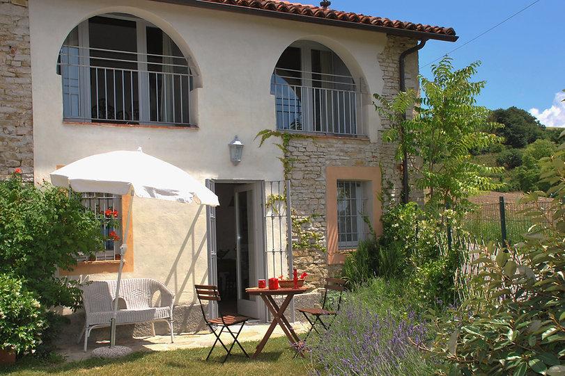 Casa Rossa, appartamento vacanze nel cuore del Piemonte