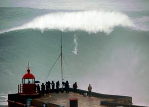Ajustando o barco em meio a segunda onda