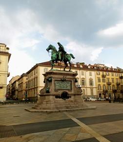 Statue of Alfonso La Marmora