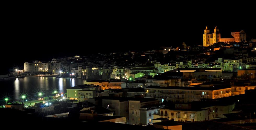 Natt över Cefalù