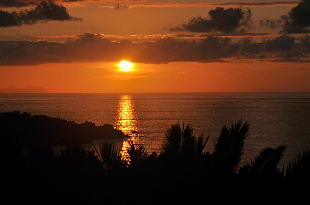 Photo of a sunset, viewing the Mediterranean Sea,