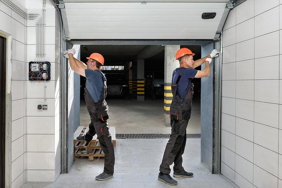lifting-gates-garage.jpg