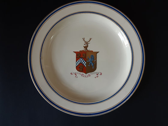 18th C. Wedgwood Armorial Plate - Isted