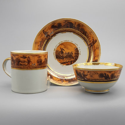 Chinese Export Porcelain Cup & Saucer Teacup Trio