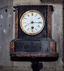 clock near pulpit.jpg