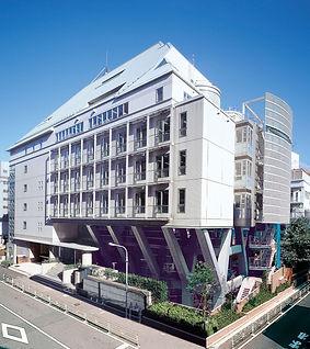 渋谷中学高等学校校舎.jpg
