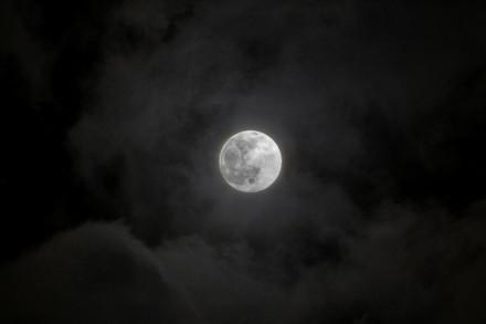 full moon 1.JPG