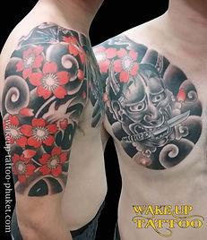 和柄の桜と般若のタトゥー