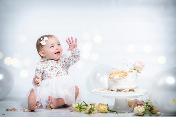 Amelie Cake Smash