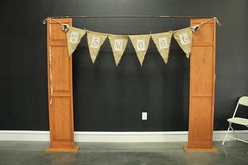 Door Set with Narrow Bar