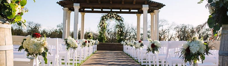 The Springs Events Tuscany Hill blush and burgundy wedding decor