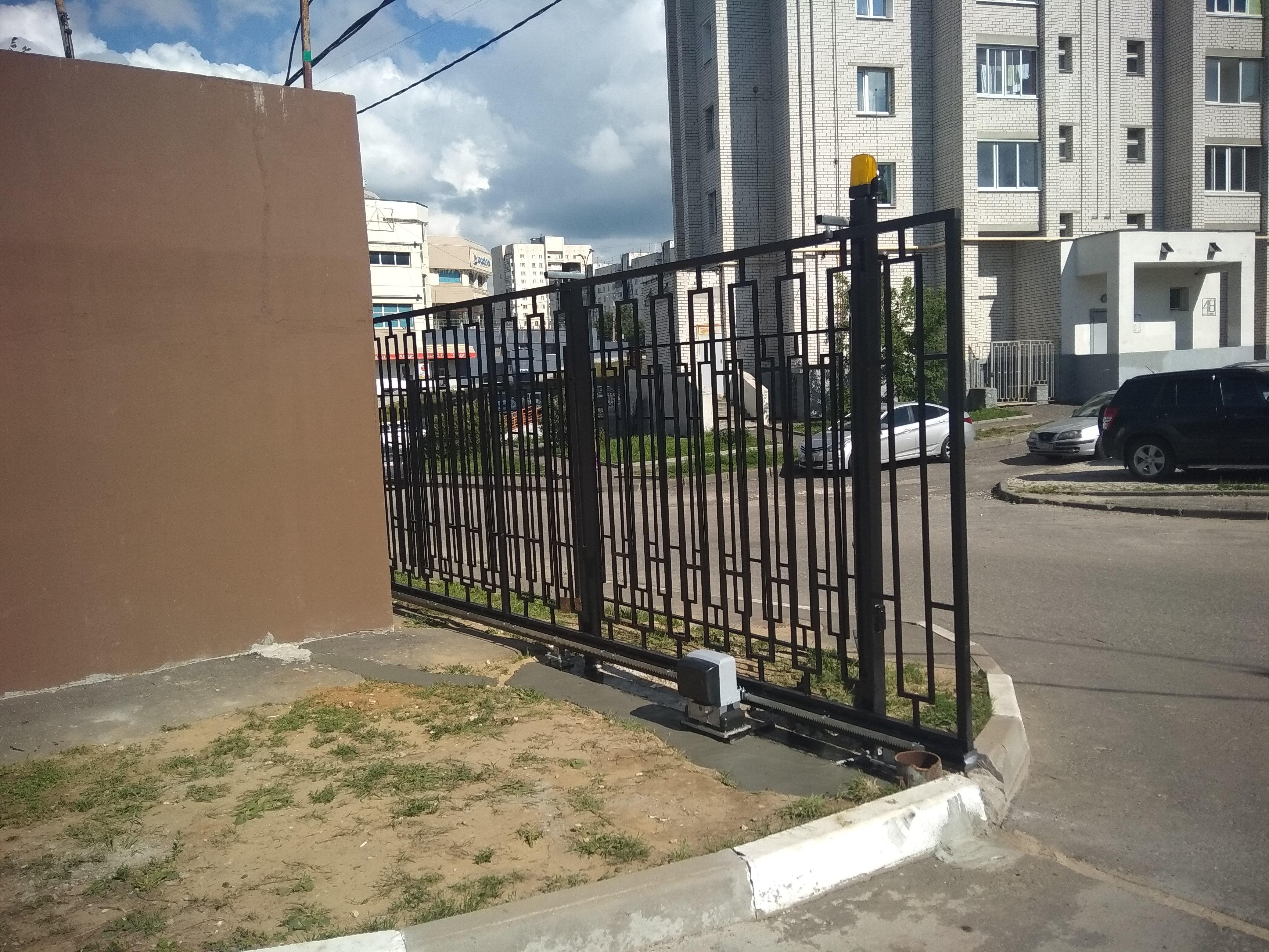 Откатные ворота в ТСЖ