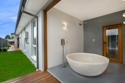 26_HR_Outdoor Bath copy