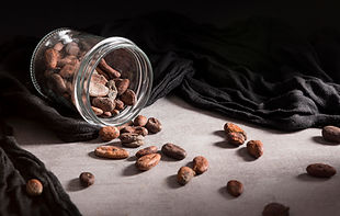 close-up-spilled-jar-with-cocoa-beans.jp