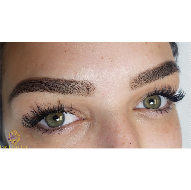 Henna Brow & Shaping + Classic Lashes