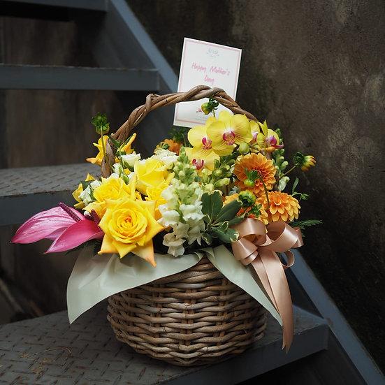 Delicate Rattan Floral Arrangement