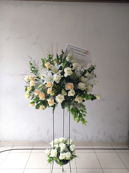 Rose & Lily Standing Arrangement (Medium)