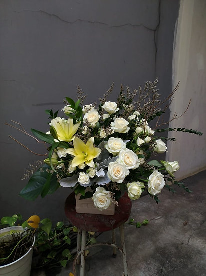 Lily and Rose Medium Arrangement