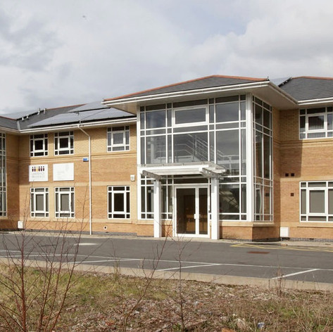 OFFICE UNITS, LLANTARNHAM