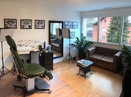 Liechtensteins Tattoo Studio Ink Room