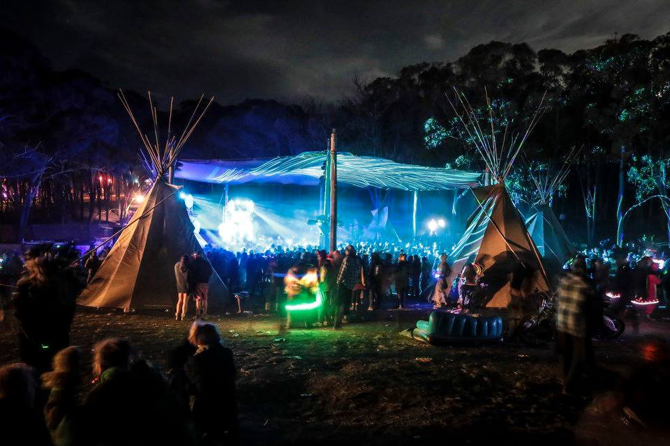 Hydra stage, Earthcore