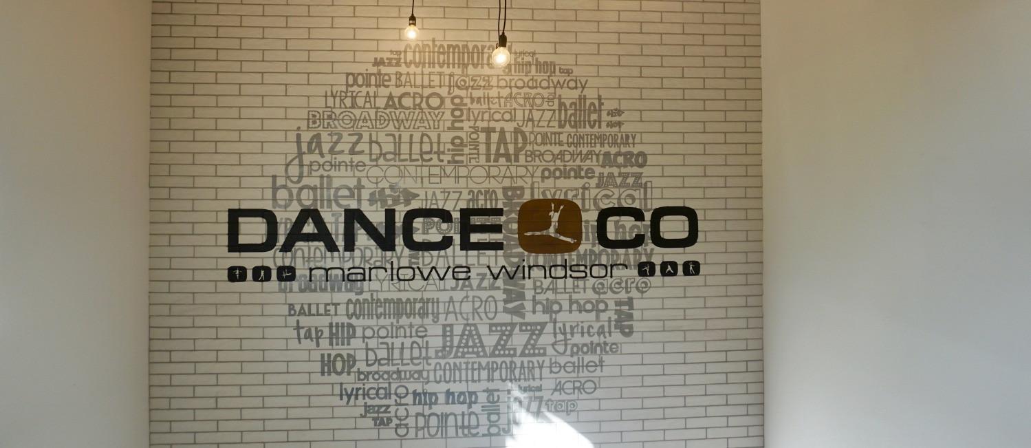 Dance Co Globe Logo