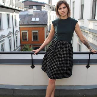 Textile: 40% Cashmere wool, 60% Velvet  Product: Sleeveless dress