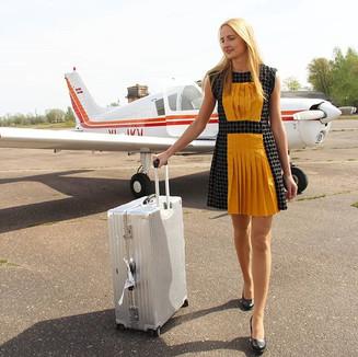 Textile: 60% Linen, 40% Velvet  Product: Pleated sleeveless dress