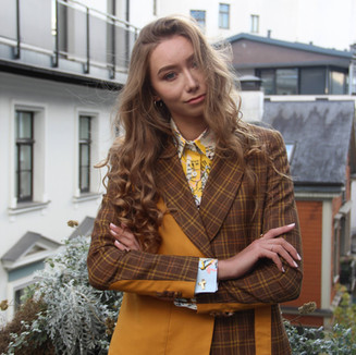 Textile: Poly Linen Product: Double brested suit