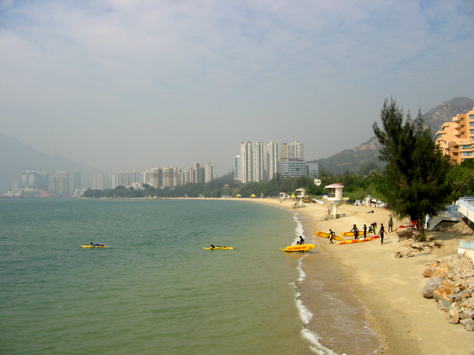 80 hong kong beach