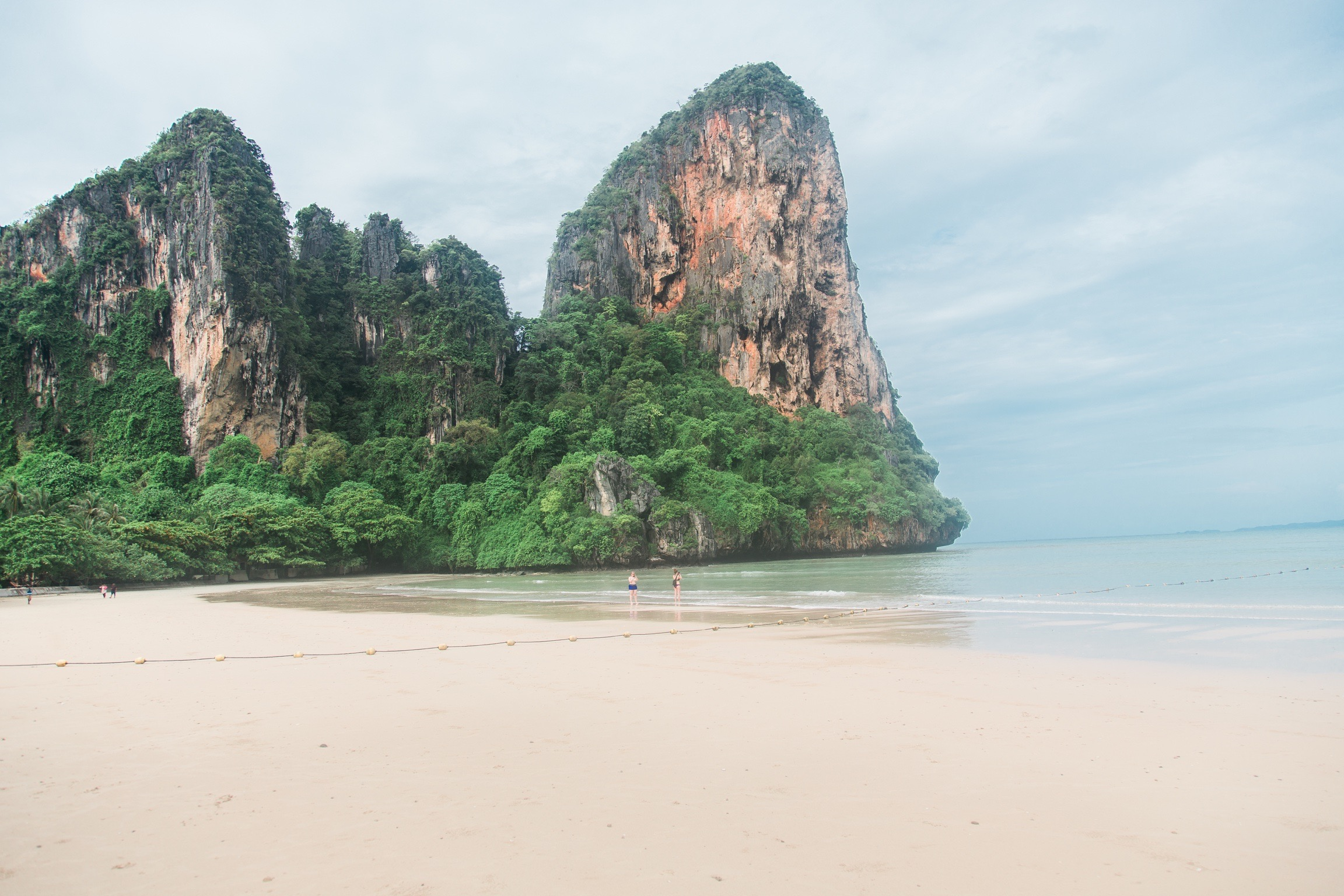 PhiPhi-Railay-1
