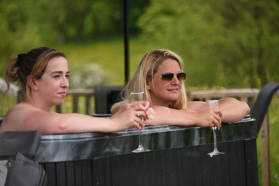 hot tub fun 4.jpg