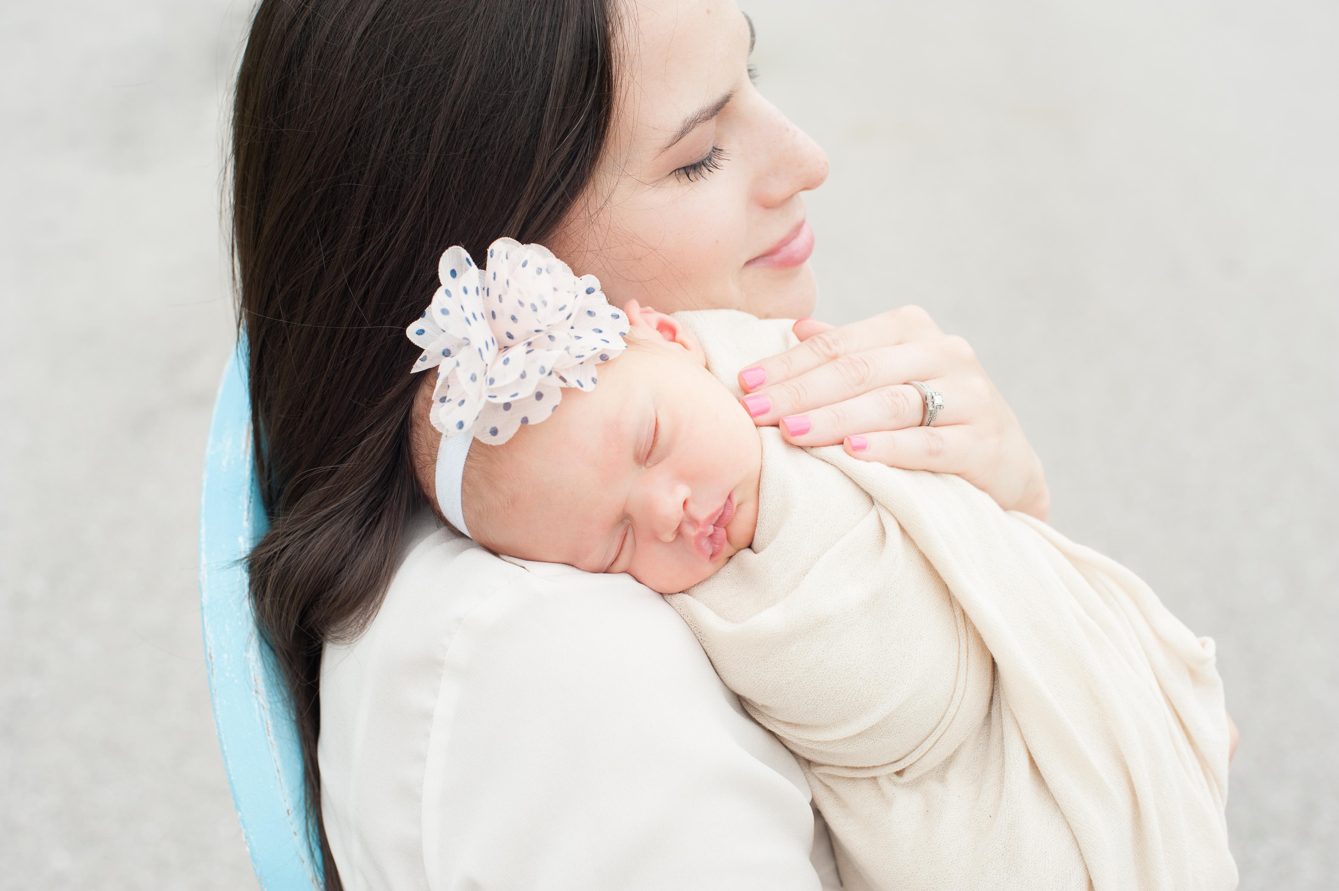 043_0549_Baby Savannah -Newborn Pictures