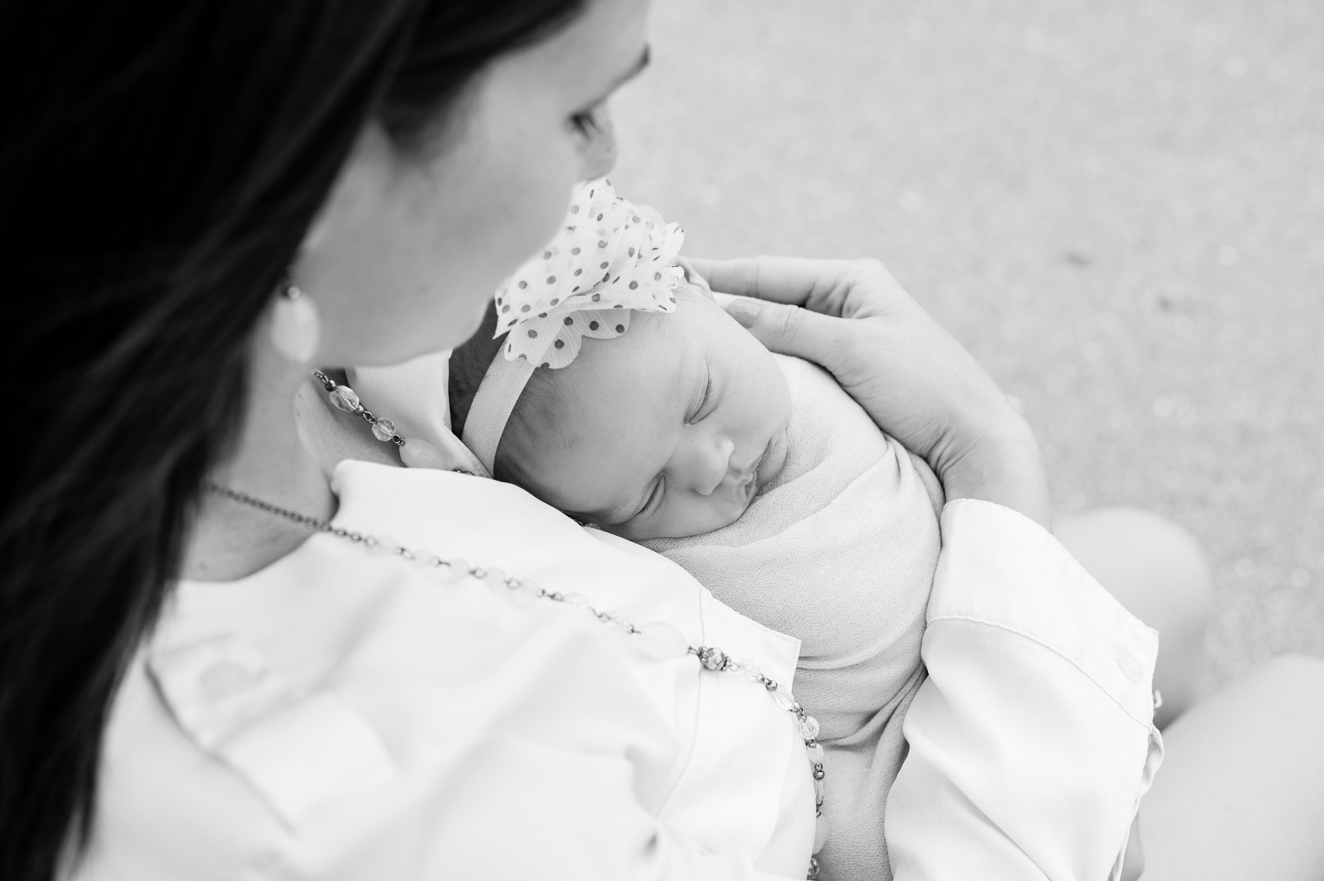 038_0530_Baby Savannah -Newborn Pictures