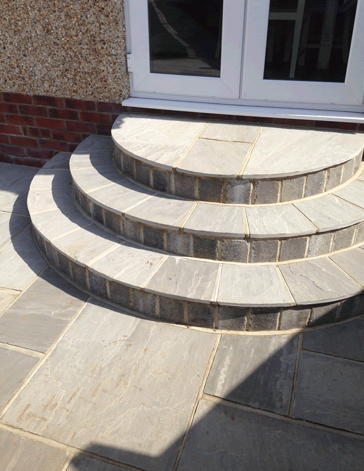Steps; slabs individually cut