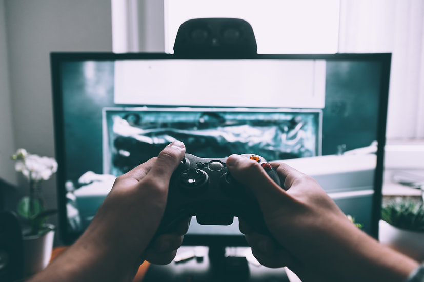 5 GAMES TO PLAY WHILE YOU'RE STUCK INSIDE