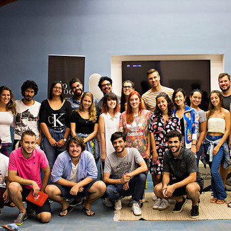 GLOCAL CREATION WORKSHOP CLASS PICTURE RIO WITH FELIX MUESCHLEGEL