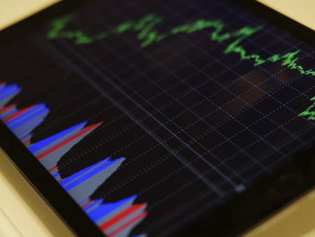 Ministério da Economia eleva projeção de Selic média em 2021 de 2,8% para 3,60%.