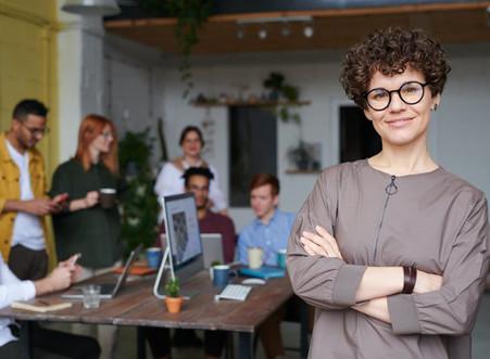 Em meio à crise, empreendedores optam por abrir lojas ou expandir negócios