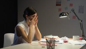 Síndrome do impostor: o que é e como pode atrapalhar sua carreira.