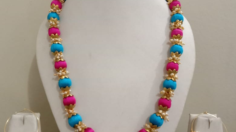 Dual color Silk thread necklace with earrings 4
