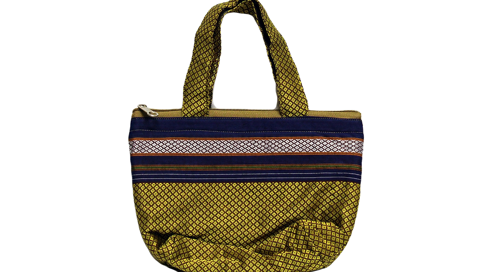 Small hand purse 9